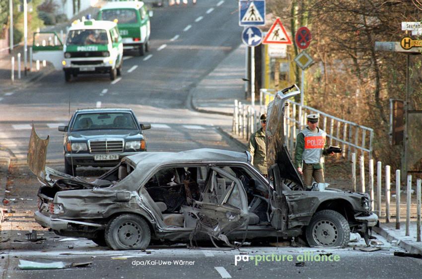 dpa-Foto: Mord an Alfred Herrhausen